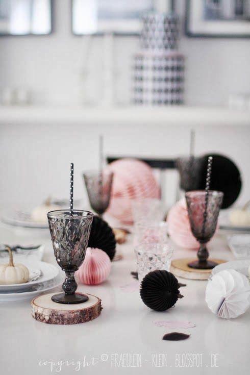 Es Muss Nicht Immer Rot Sein: Die Tischdeko Darf Zum Valentinstag Auch Gern  In Rosa