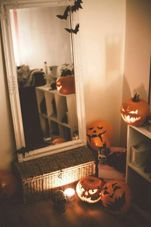 This Is A Fun Decor Idea For A Teens Bedroom At Halloween Time Note For Safety Reasons Use Te Halloween Room Decor Halloween Bedroom Decor Halloween Bedroom