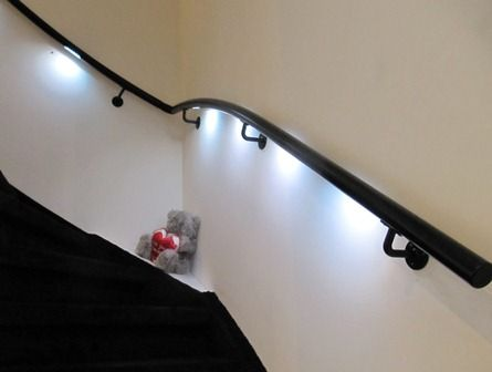 Zwarte #trapleuning met LED verlichting #Lumigrip #maatwerk ...