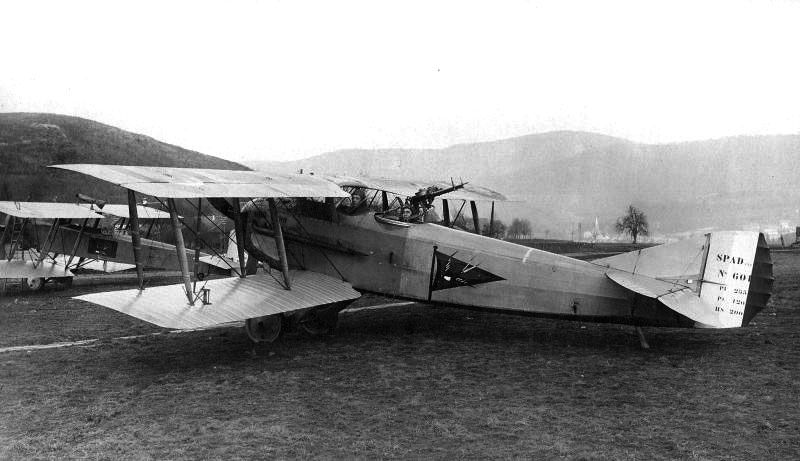 Spad Xi N 601 Carrying The Triangular Version Of The Badge Of The Squadron Ar 50 On The Ground Of Fontaine Territory Of B Ww1 Aircraft Fighter Jets Aircraft