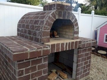10 Outdoor Pizza Oven Design Ideas | Small brick patio ...