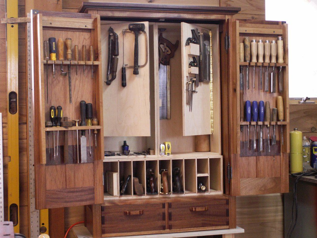 A Greene & Greene inspired tool cabinet, built while I was ...