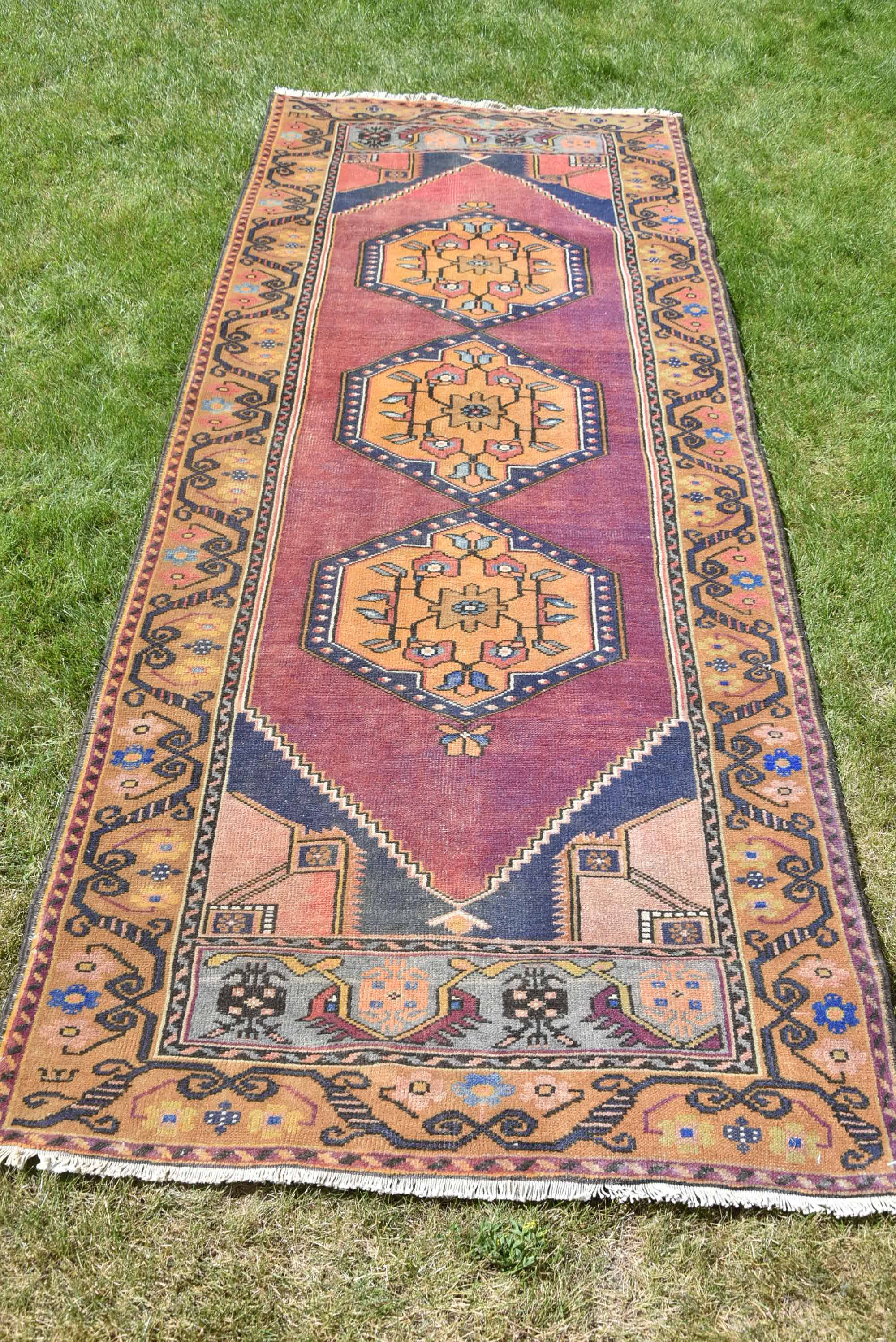 Turkish Runner Rugvintage Rug 3x10 Ft Runneroushak Runner Vintage Runner Rugs Rugs Vintage Carpet