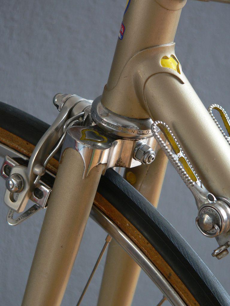 De Rosa 1973 Heart Lugs And Fork Crown Steel Bike Bike Details Beautiful Bike