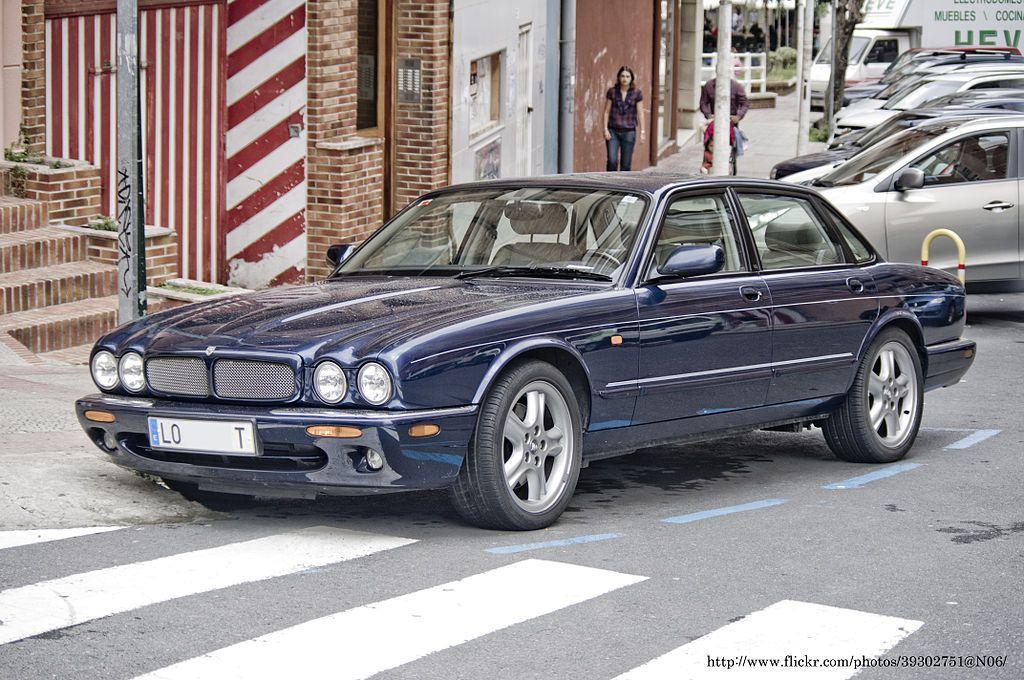 Jaguar XJ8 (X308) 1999 | Jaguar xj, Jaguar, Automobile