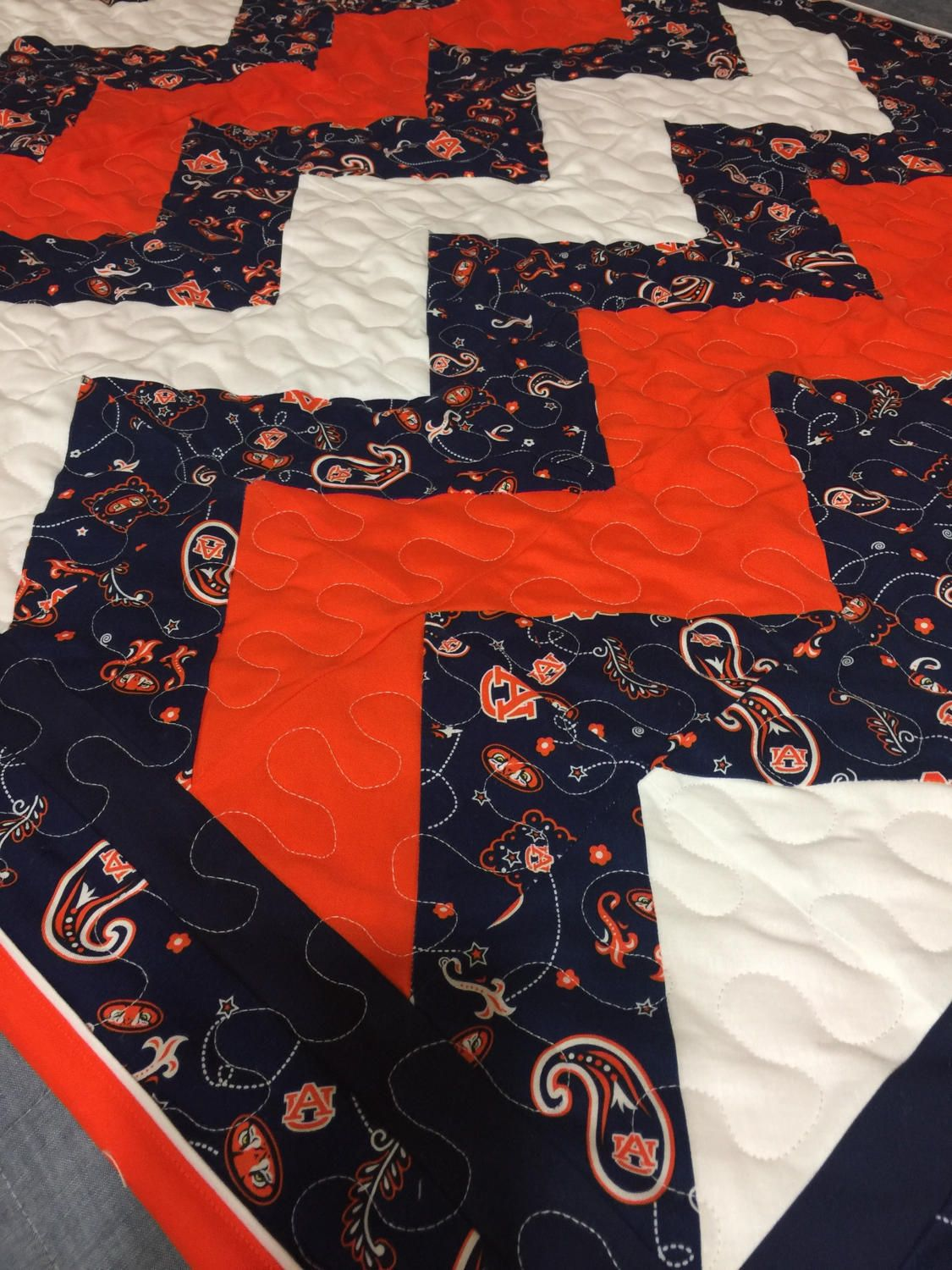 Auburn Baby Quilt By Nenesquilts On Etsy Baby Quilts Free Motion Designs Quilts