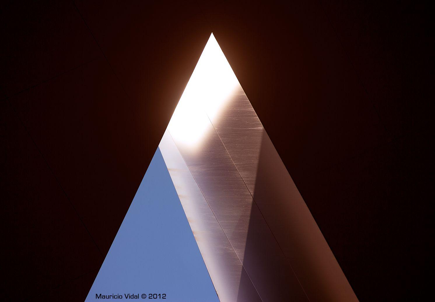 Triángulos | Museo Reina Sofía