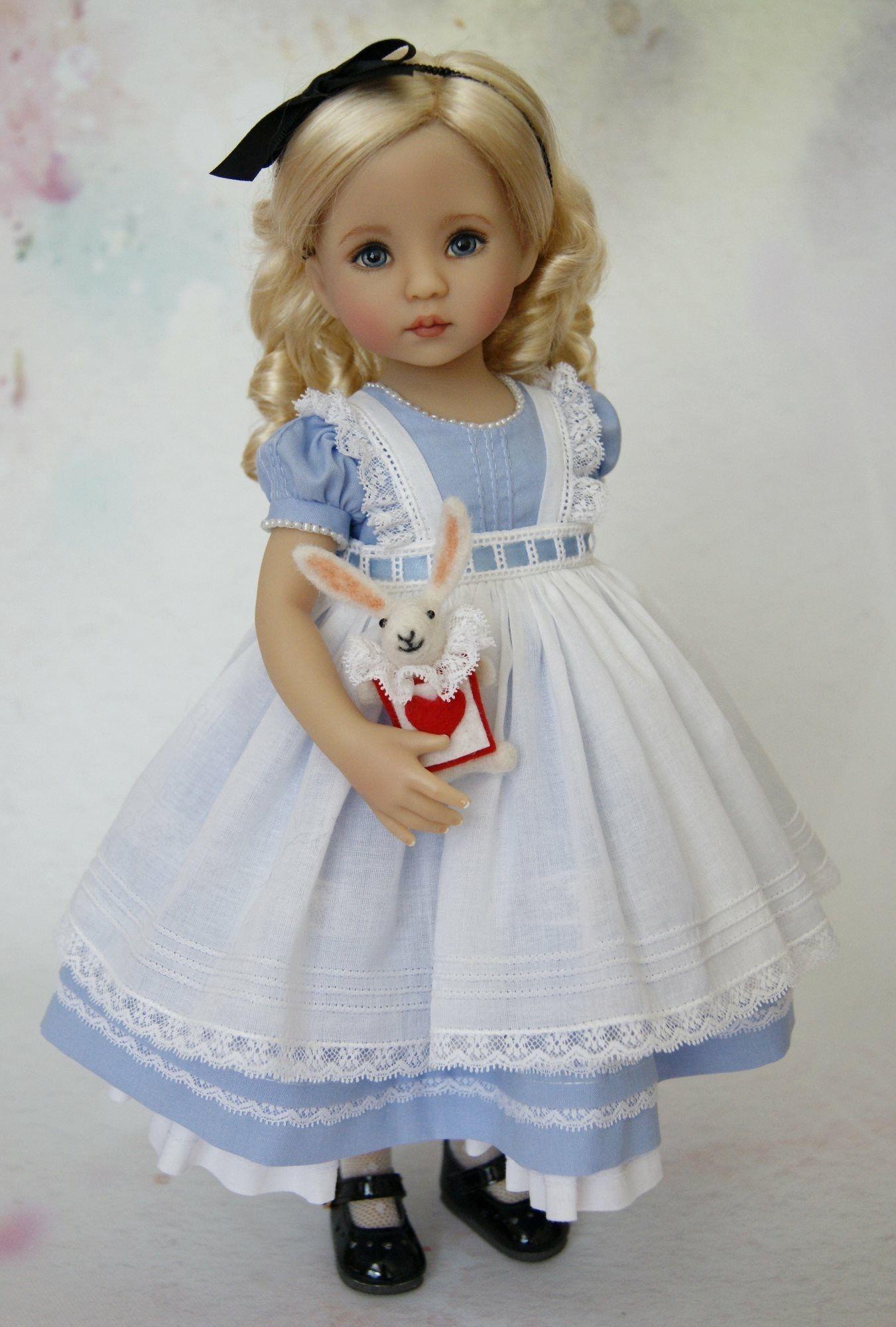 Pin von Evka auf Miniatúry - šaty - deti | Pinterest | Puppe