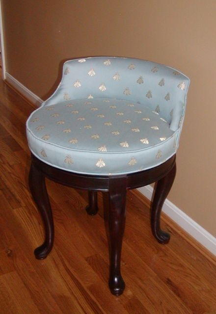 Nice Swivel Vanity Stool With Bee Fabric