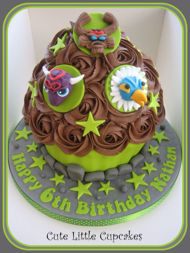 Skylanders themed Giant Cupcake Jetts 5th Skylanders Party