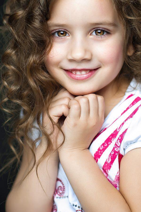 مساء السعاده Hellip Hellip رغبات المساء كثيرة ولا اريد منها سوى السعادة لكم Kids Fashion Fashion Precious Children