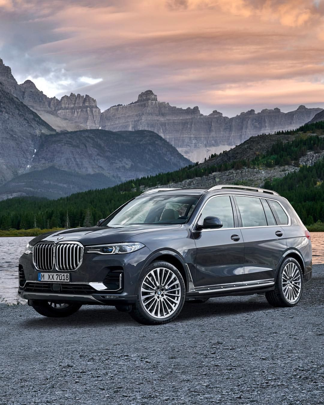 The All New Bmw X7 Bmw On Instagram The Magnitude Of Elegance