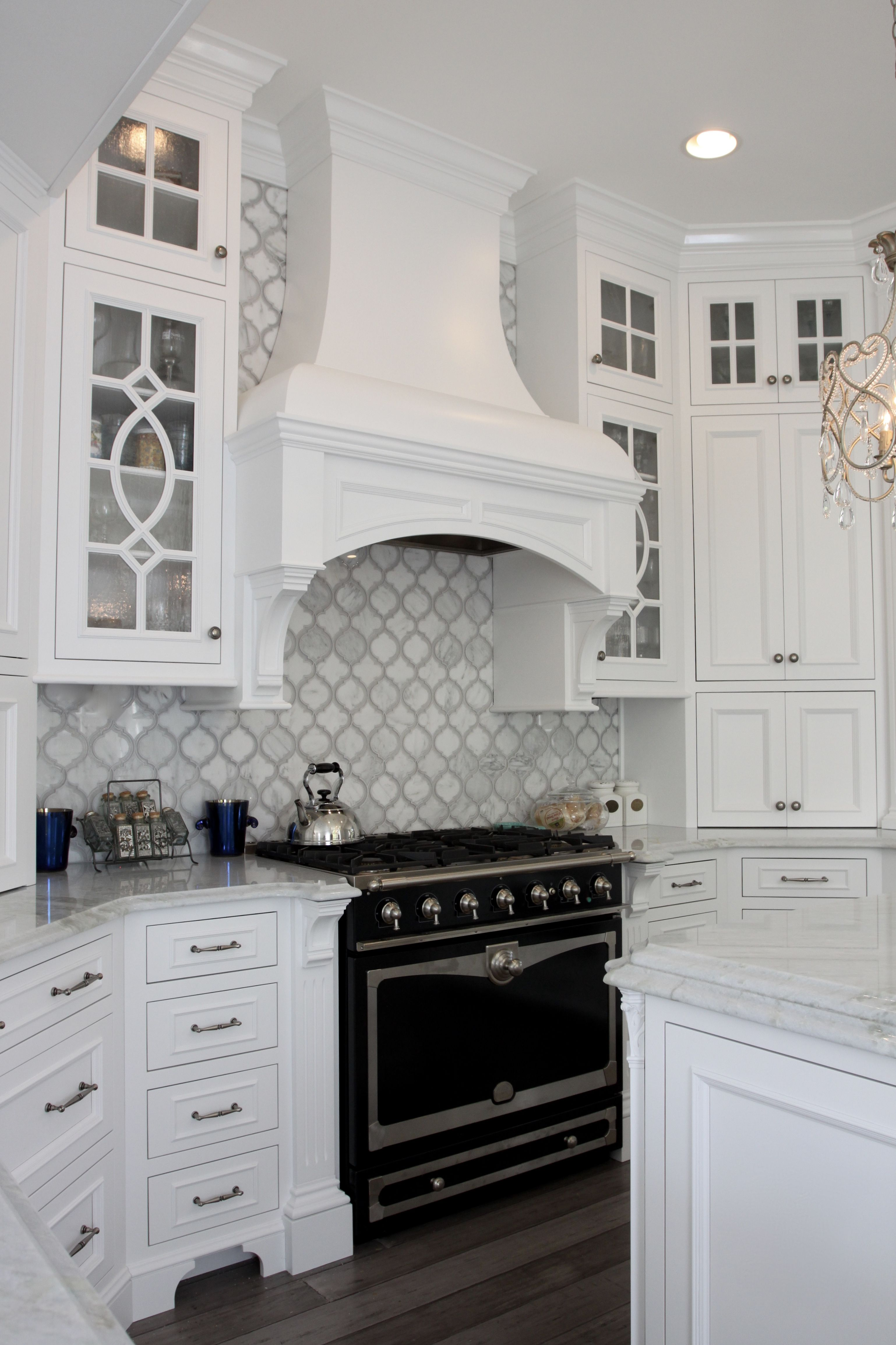 Custom White Wood Hood And La Cornue 36 Inch Range Kitchen Range Hood Kitchen Hoods Kitchen Design Modern White