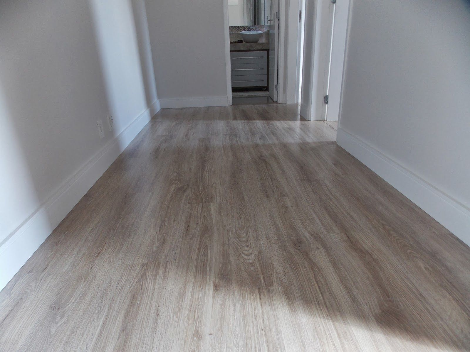 O piso laminado usado foi o savoy da durafloor linha for Piso laminado instalado