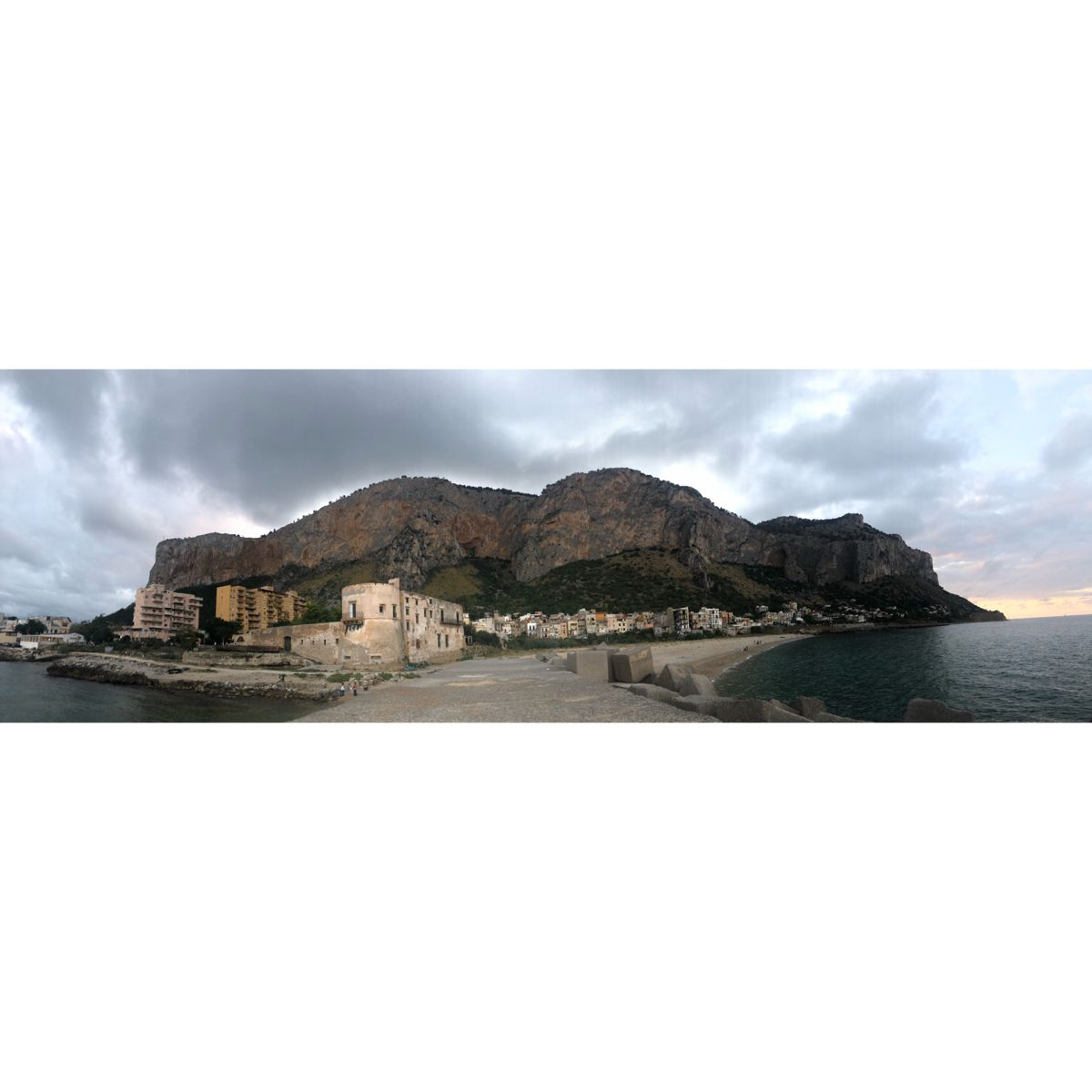 #palermo #sicilia #italy #beach #summer #love #icecream #pasta  #pizza #food #mountains #nature #coastline #water #landscape #piano #music
