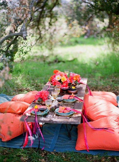 outdoor bohemian dining