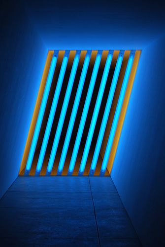 Blue dan flavin art experience nyc for Neon artiste contemporain