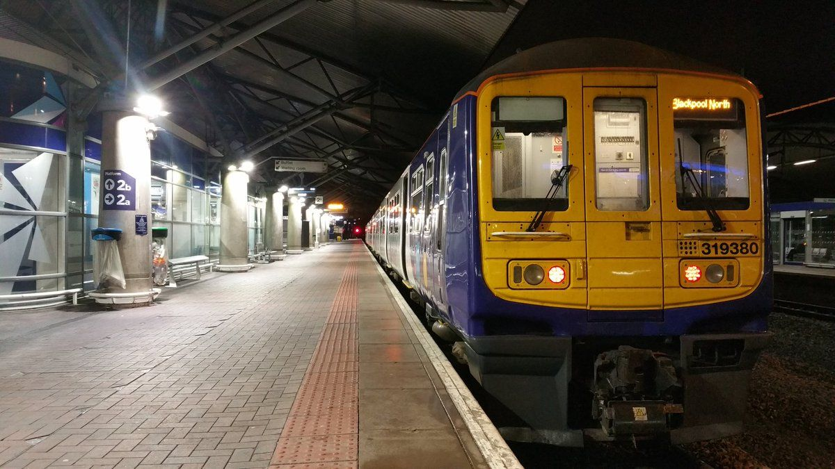454afd206c0e3c9dad7220ada477b695 - How To Get From Manchester Train Station To Airport