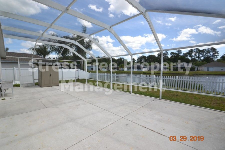 3 bed2 bath home in the gulf course community of