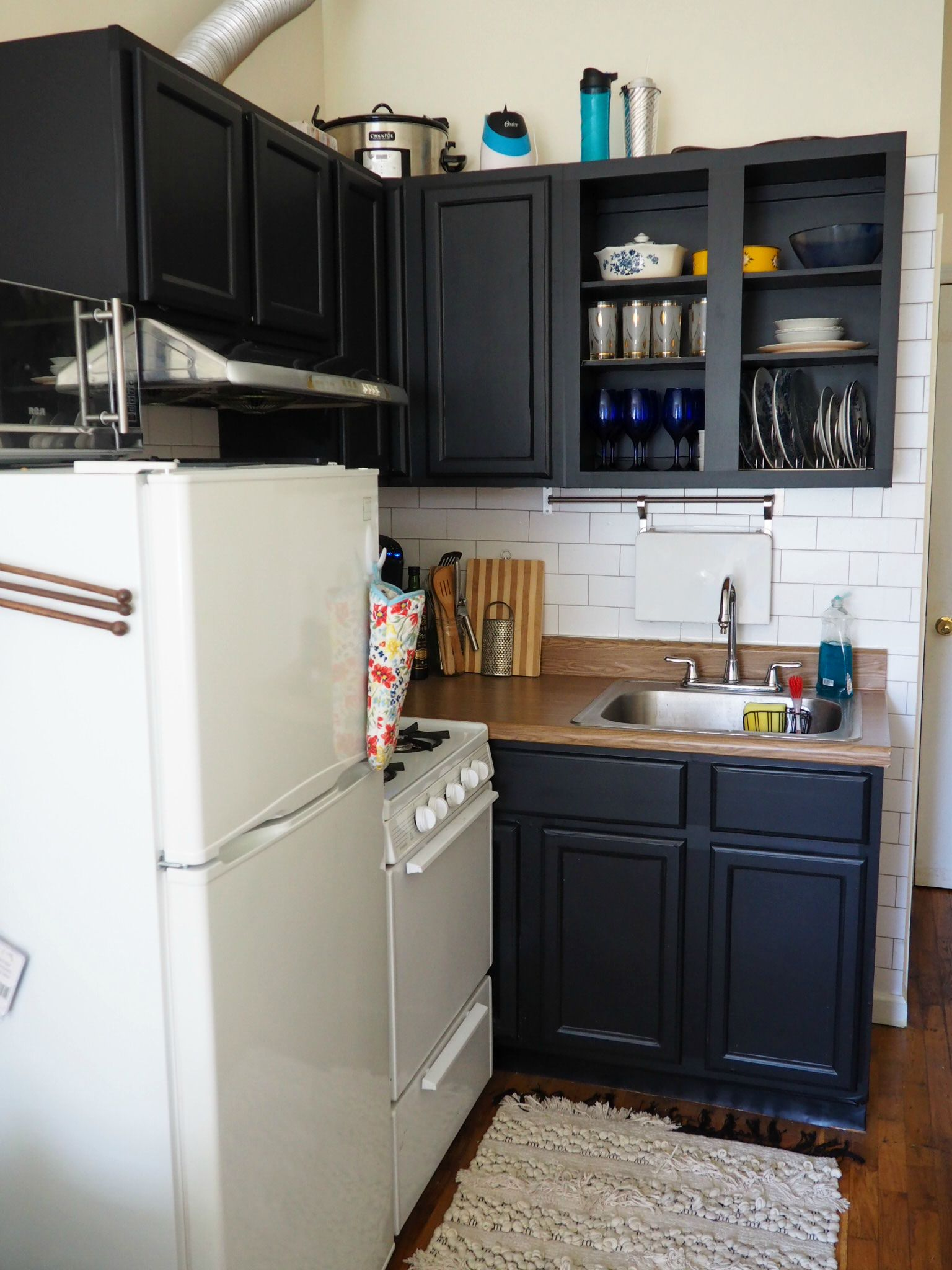 Diy Contact Paper Kitchen Update Part 1 Cabinets Roaming Home In 2020 Rental Kitchen Makeover Rental Kitchen Diy Home Decor For Apartments Renting