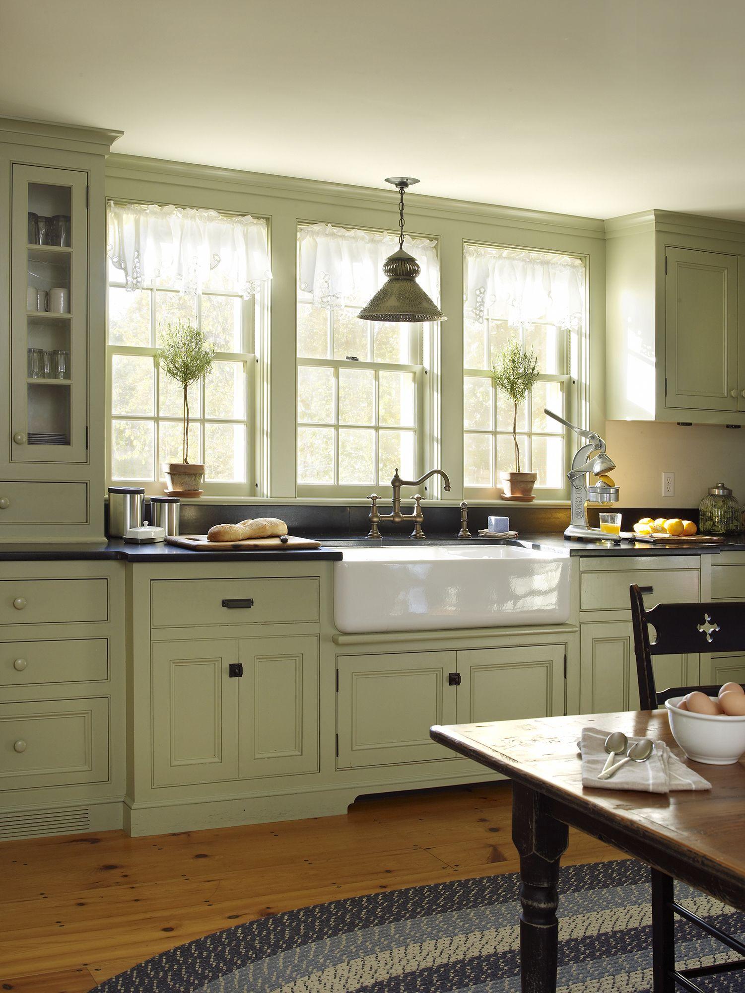 Vintage Farmhouse Farmhouse Style Kitchen Cabinets Kitchen Cabinet Styles Farmhouse Style Kitchen