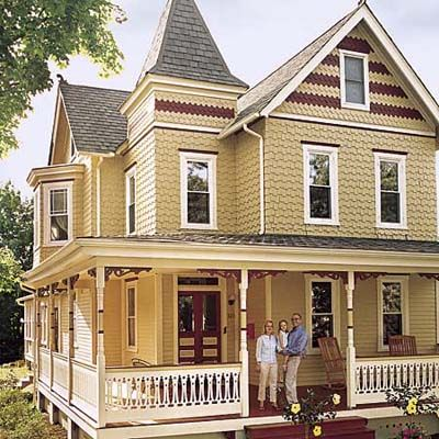 A Victorian Era House Turns Out To Be A Diamond In The Rough Victorian House Colors Victorian Homes Victorian Style Homes