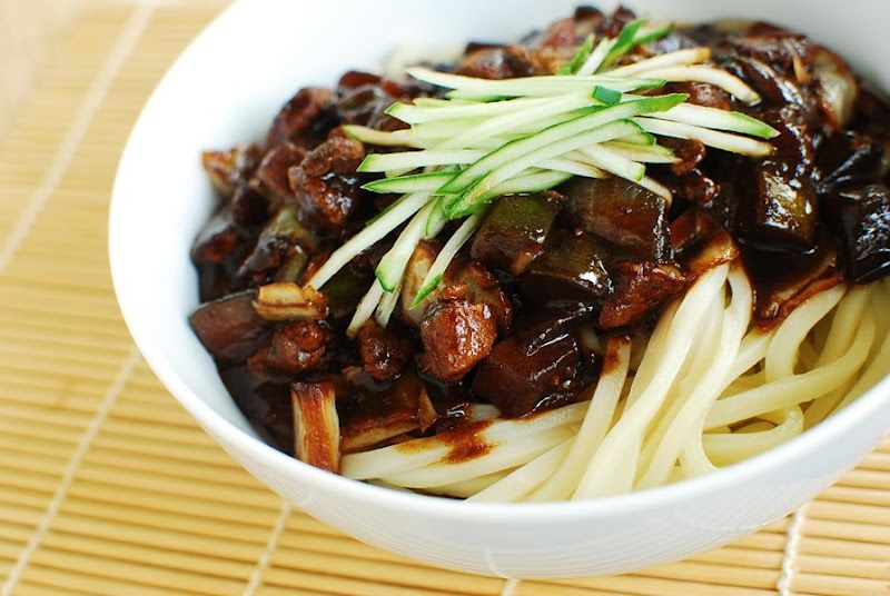 Jajangmyeon (Noodles in Black Bean Sauce)