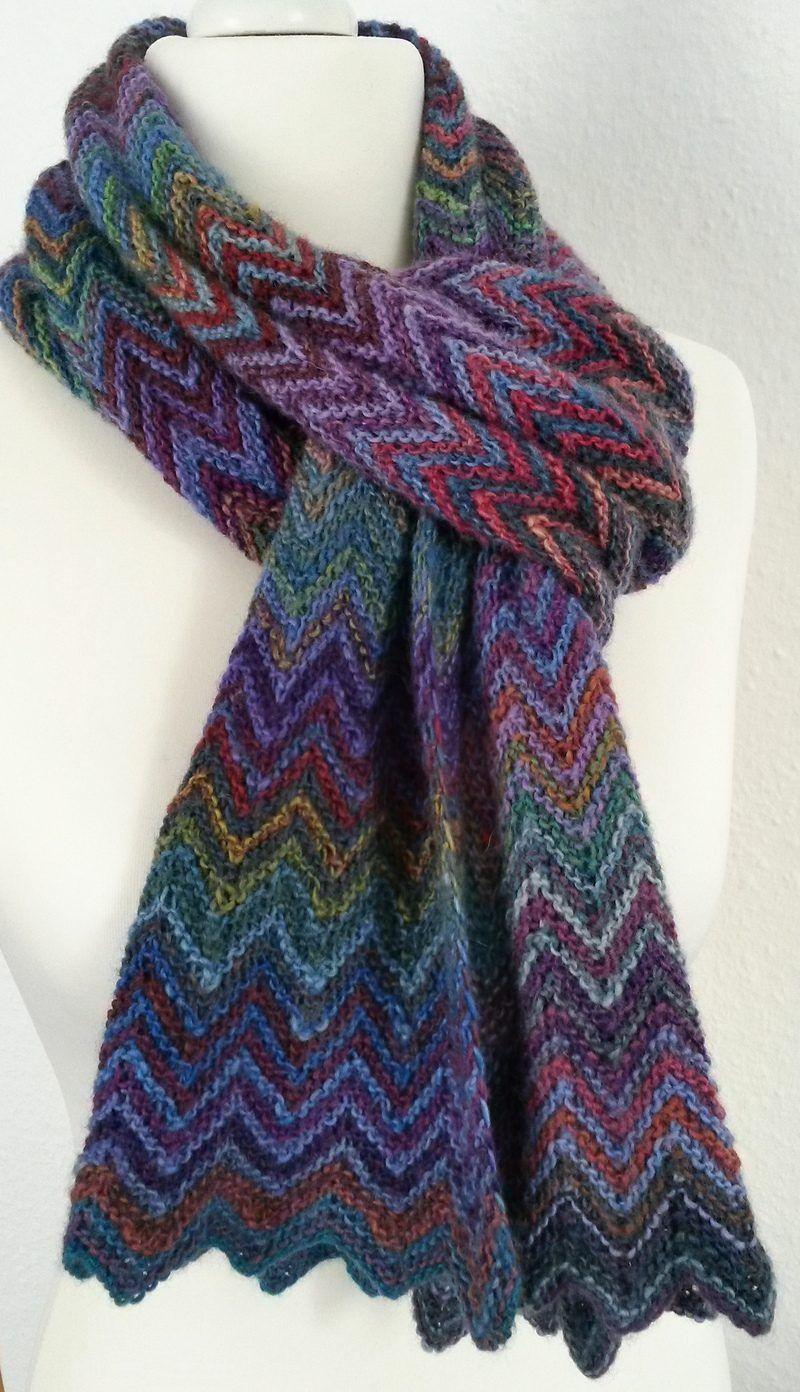 Free Knitting Pattern Zick Zack Scarf Christy Kamm S Scarf Is Knit