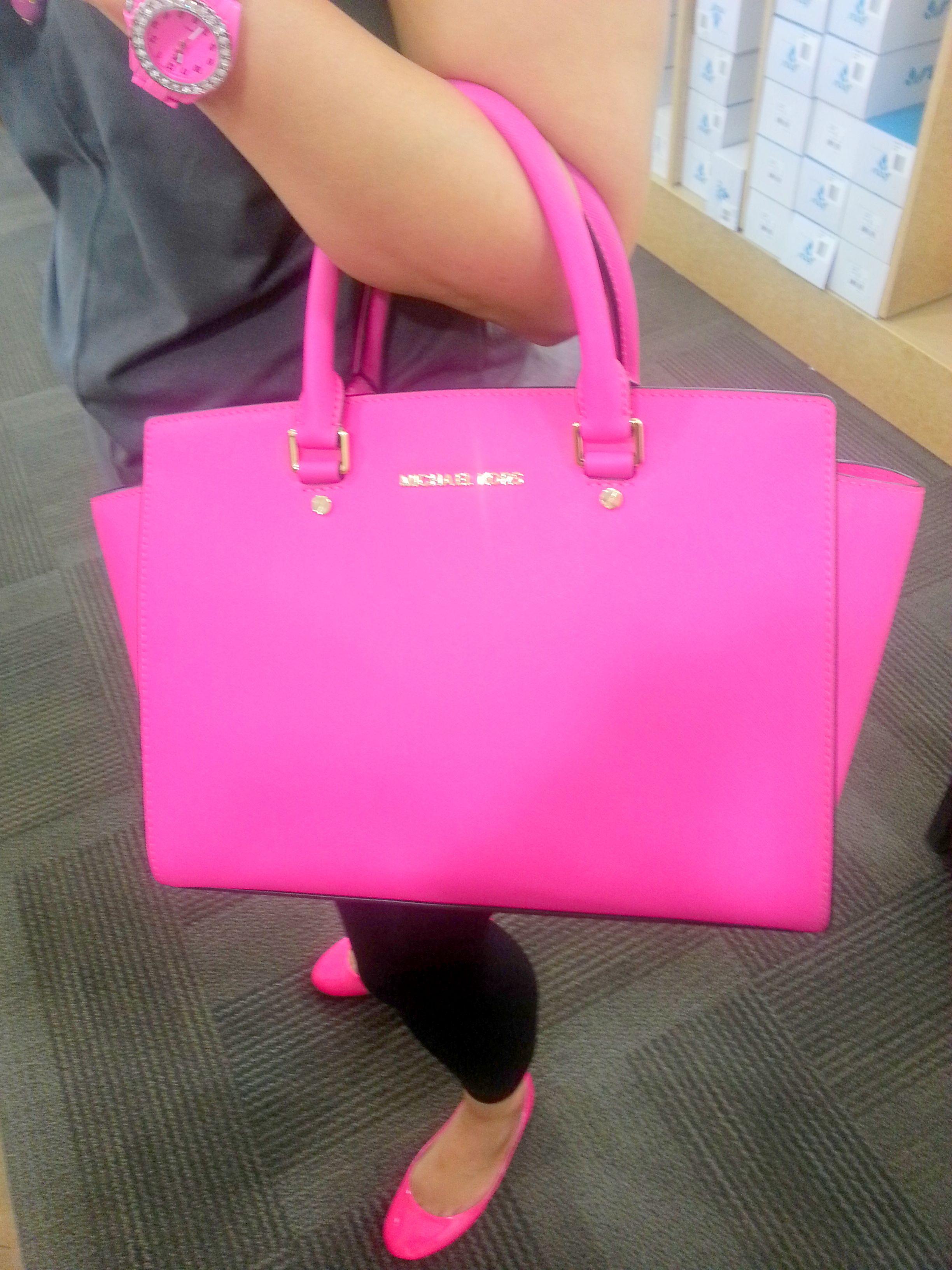 Michael Kors Neon Pink Selma