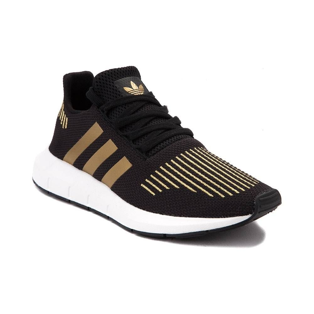 Lt P Gt The Lightweight New Swift Run Athletic Shoe From Adidas Is Optimized For Comfort And Style Lace Up Adidas Women Pink Adidas Shoes Adidas Shoes Women