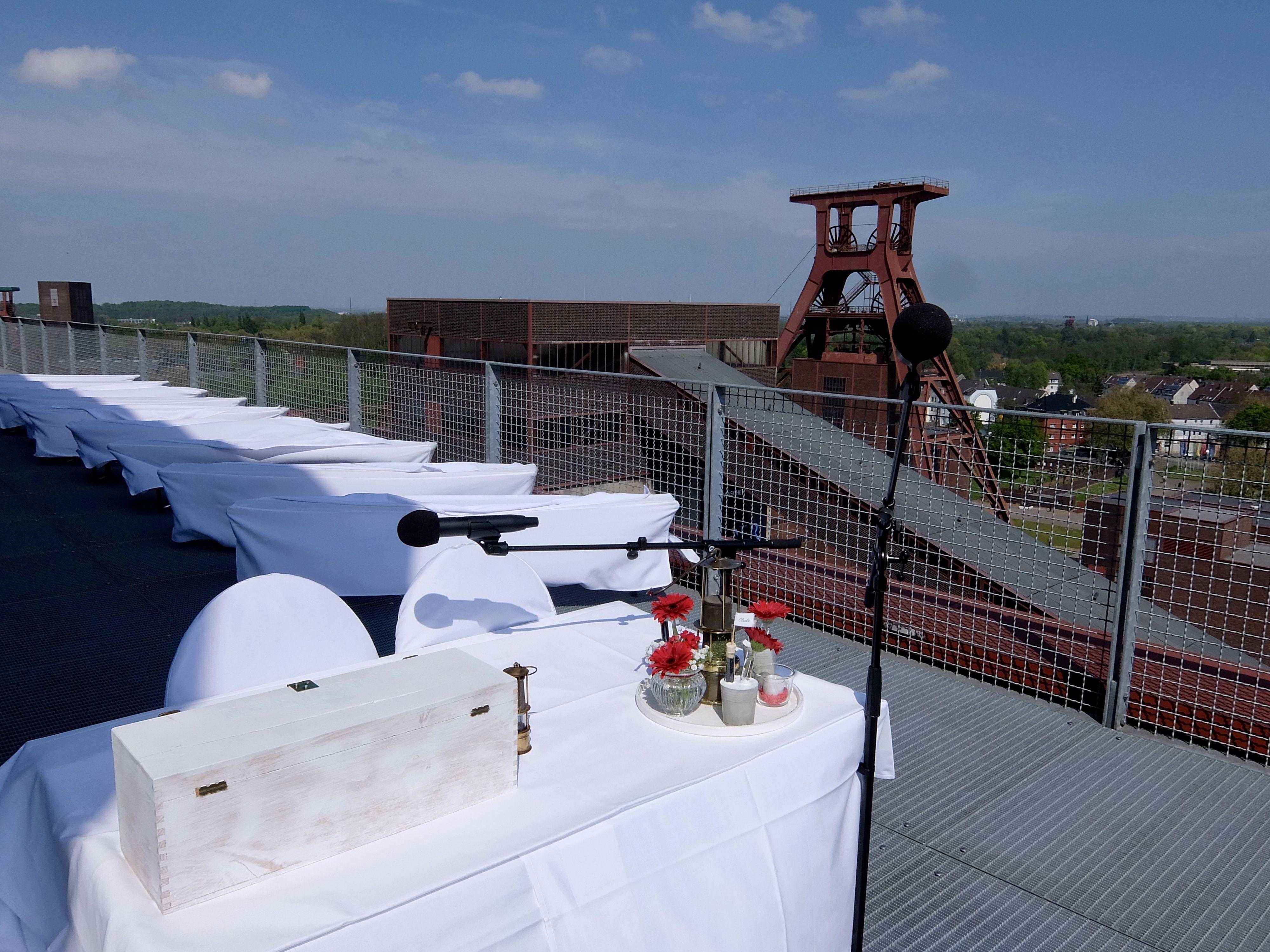 Inspiration für Brautpaare und Einblicke in Hochzeitslocations in NRW Freie Trauung Zeche Zollverein Essen