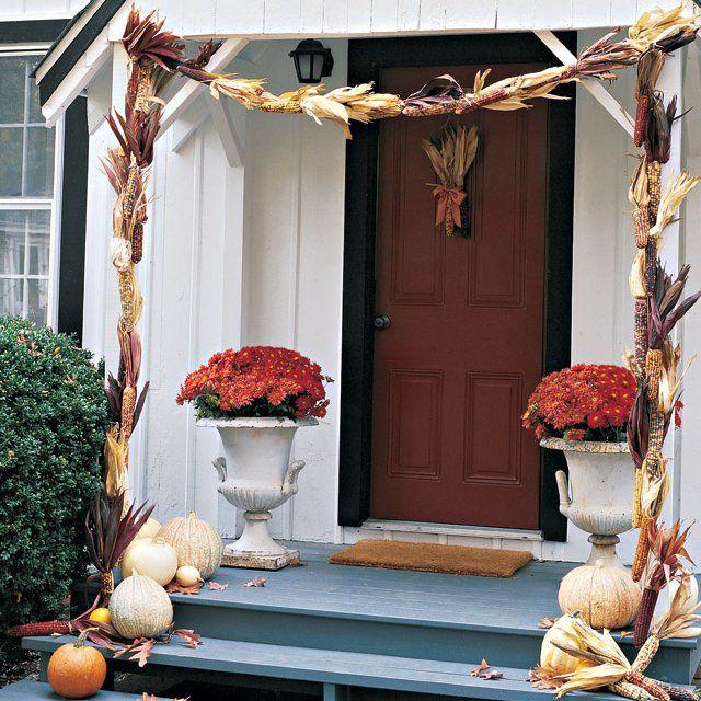 35 Christmas Door Decorating Ideas: Best 25+ Fall Garland Ideas On Pinterest