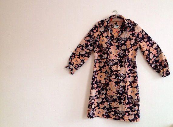 Vintage 60s Dress/Kaftan black and peach by superqueenieretro,