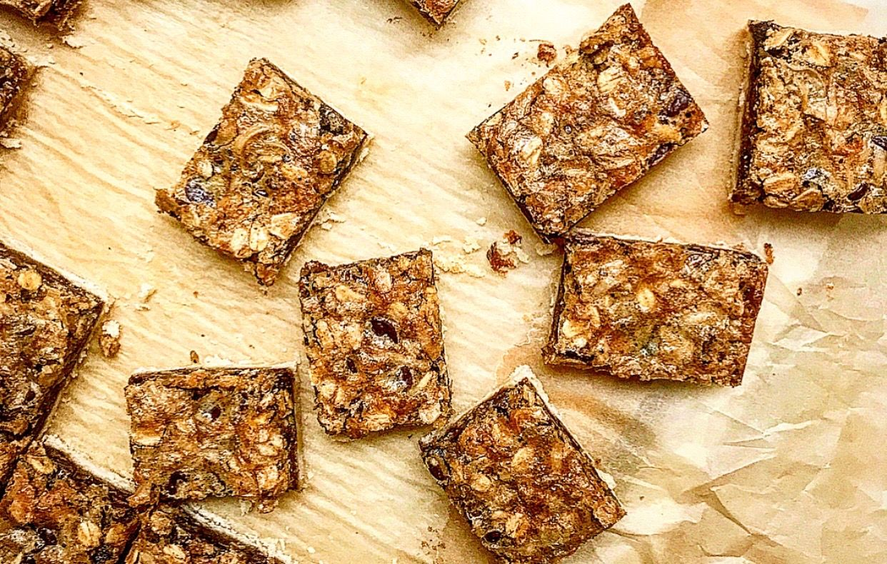 smitten kitchen s bake sale winning est gooey oat bars recipe oat bars baking chocolate on hebbar s kitchen recipes oats id=66298