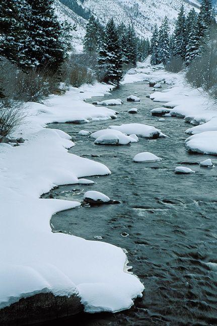 Winter picture of Eagle River near Minturn, CO.