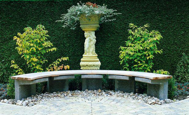 Halbrunde Gartenbank Fur Den Garten Pinterest Garden Backyard
