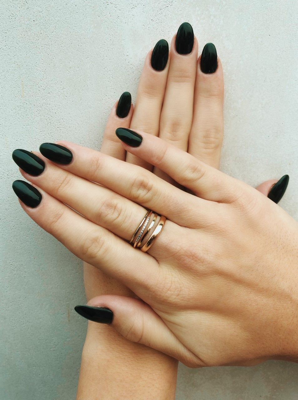 Forest Green Matte Nails For An Elegant Fall Or Winter Wedding Green Nails Dark Green Nails Nail Colors