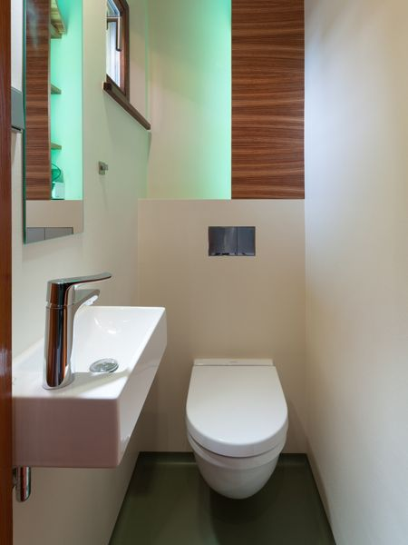 small wc g stetoilette pinterest g ste wc und gast. Black Bedroom Furniture Sets. Home Design Ideas