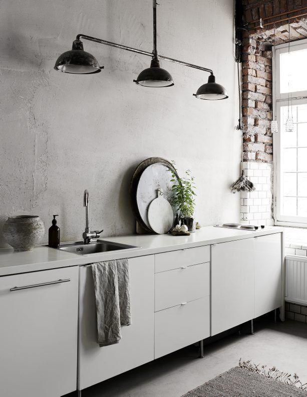 ecletic interior bricks, white kitchen