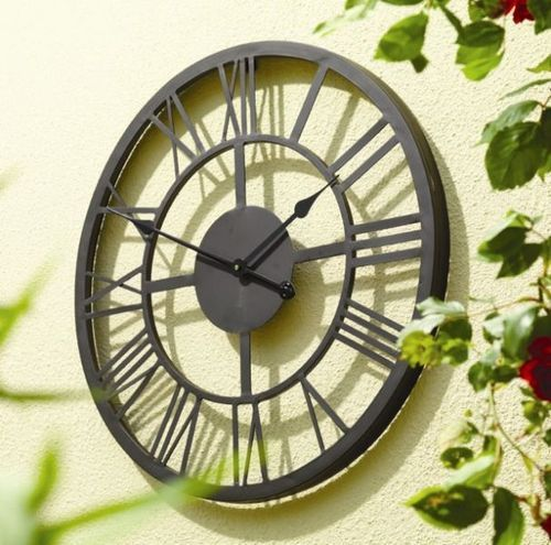 giant roman numerals outdoor garden wall clock 56cm large on wall clocks battery operated id=58864