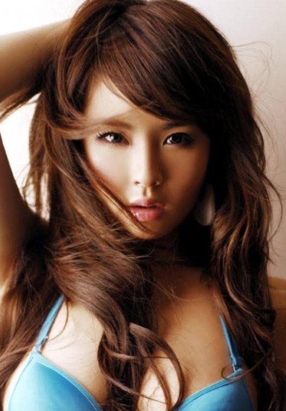 These Bangs And The Color Is Good Too If You Want To Go Lighter Dark Chocolate Brown Hair Color Hair Color Brown Chestnut Hair Color Asian