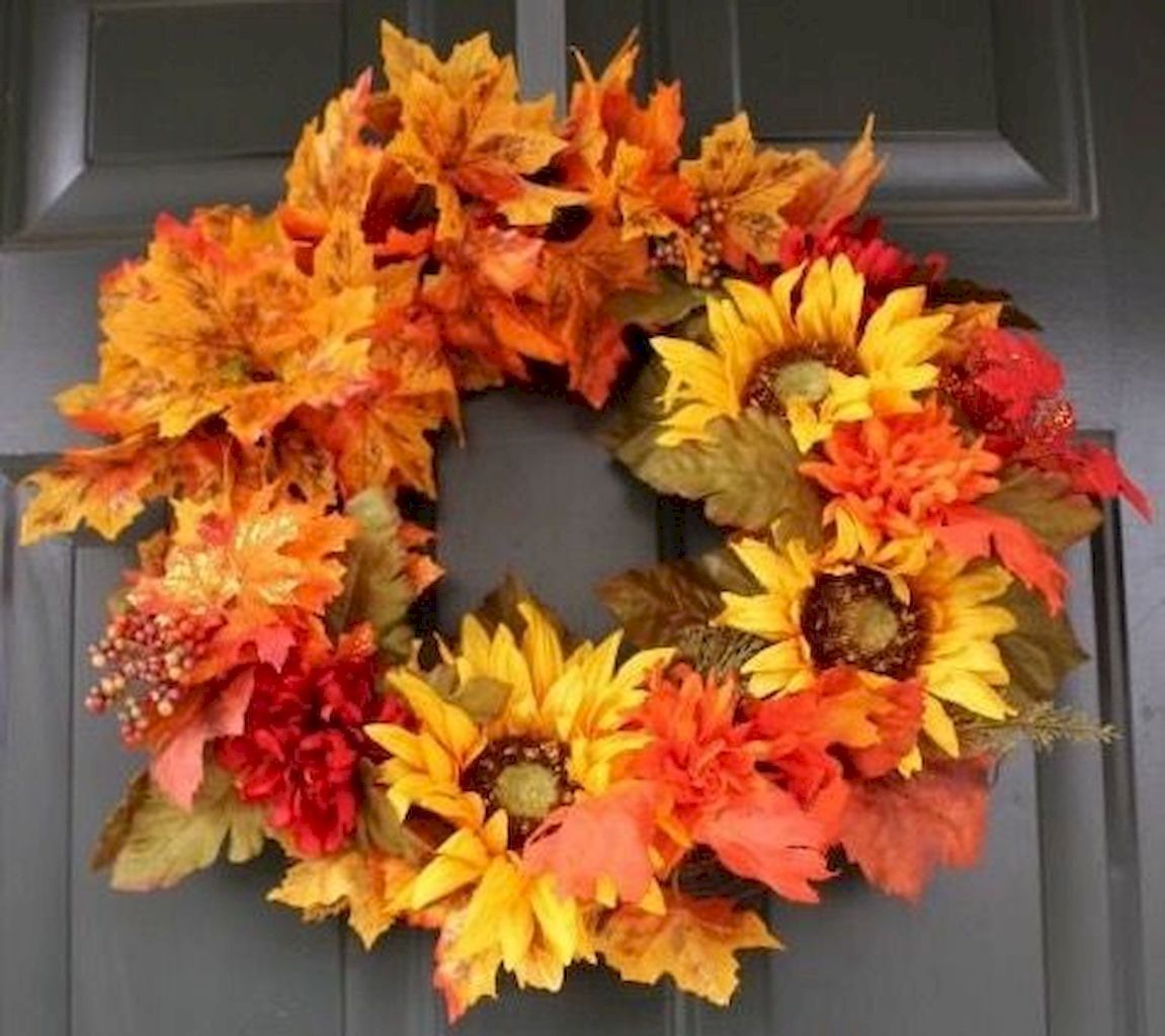 50 Fall Porch Decorating Ideas: 50+ Fall Wreaths Ideas And Easy Tricks To Make Them