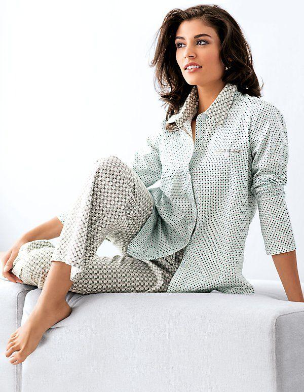 die besten 25 damen pyjama ideen auf pinterest damen sommerhosen h m pyjama hosen damen und. Black Bedroom Furniture Sets. Home Design Ideas