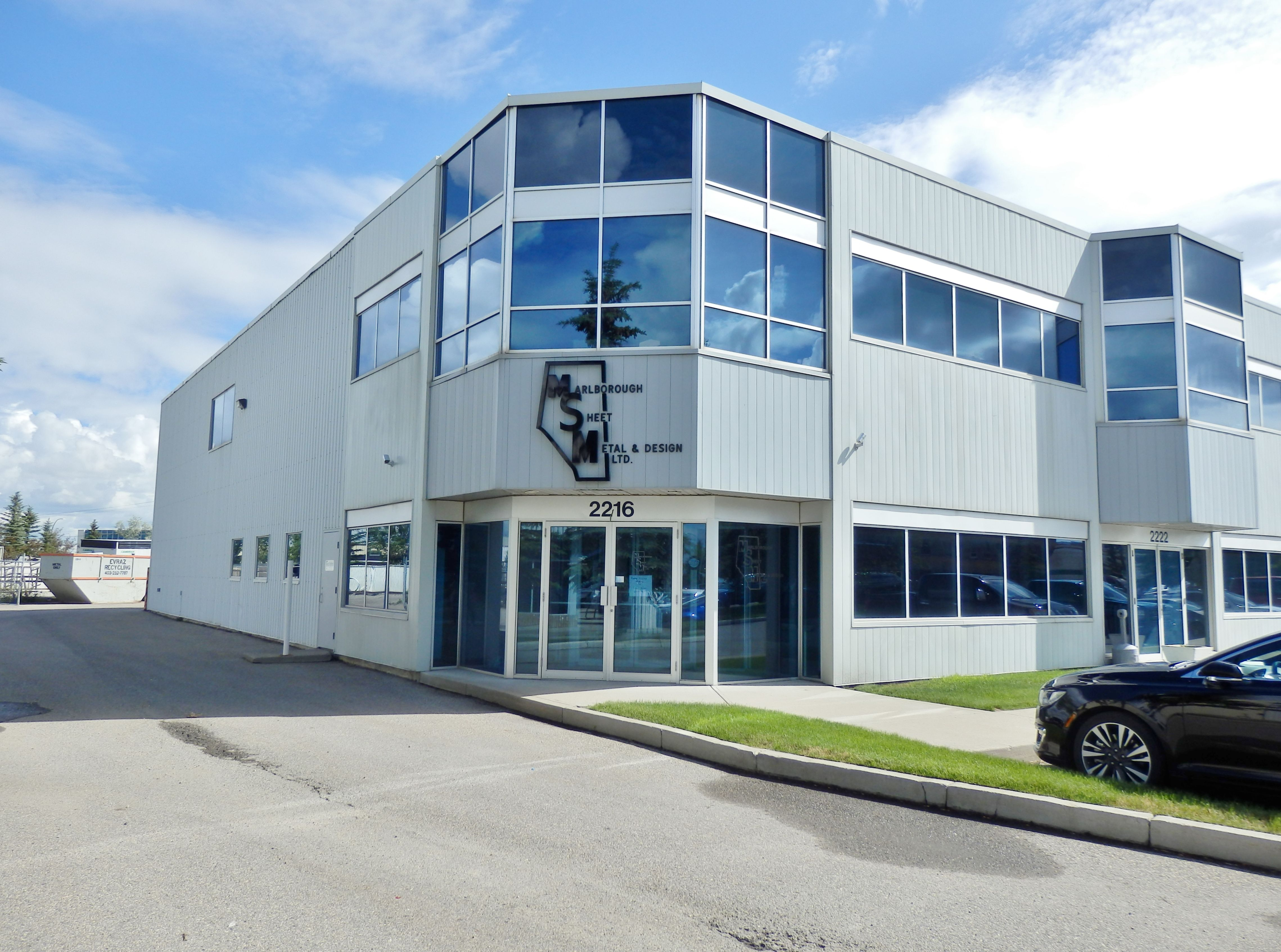 8,700 sq.ft. of office/warehouse with 4,800 sq.ft. fenced