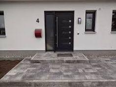 bildergebnis f r hauseingang gestalten treppe u eres erscheinungsbild eines hauses. Black Bedroom Furniture Sets. Home Design Ideas