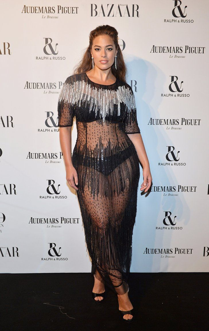 Ashley Graham Didn T Give Up Underwear To Wear This Sheer Dress It Became The Focal Point