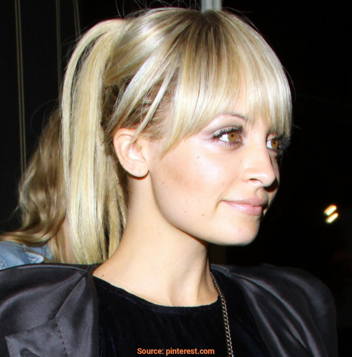 Gut Long Bob Mit Pony Wem Stehts Hateaudesteau Layered Hair With Bangs Thick Hair Styles Nicole Richie Hair
