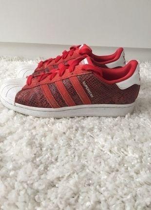 3e9ca92a24c4 Adidas Superstar rot   lll MUST HAVES lll   Pinterest   Adidas ...