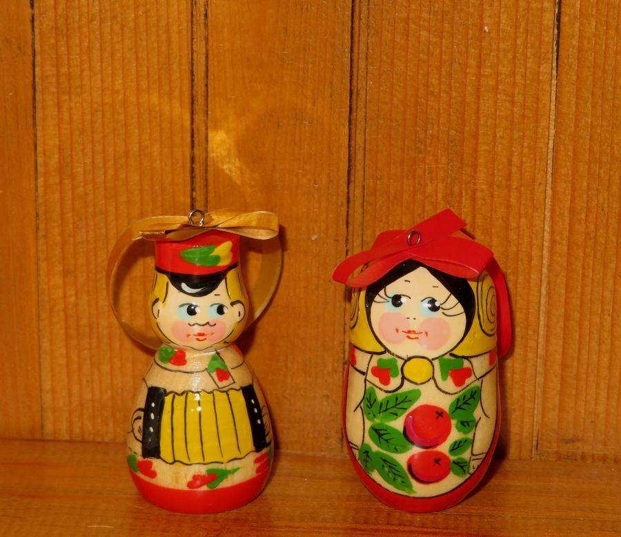 Christmas Tree ORNAMENTS Russian SEMYONOVSKAYA Dolls Red FLOWERS
