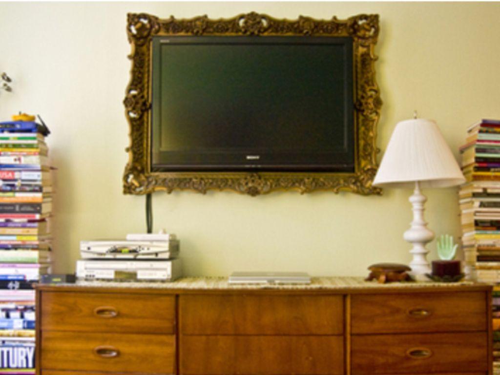 бесплатные фото комодов где телевизор на стене висит красиво, практично удобно
